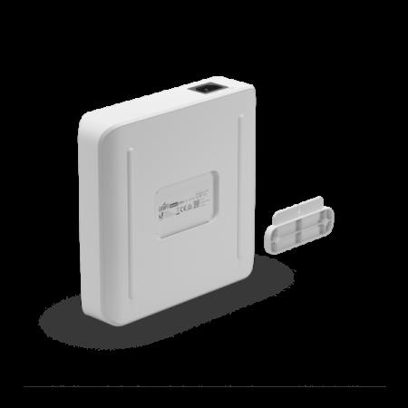 16-портов гигабитен PoE комутатор Ubiquiti UniFi Switch Lite USW-Lite-16-PoE Gen2